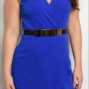 Plus size surplice front sleeveless Mini dress